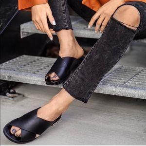 Authentic Stuart Weitzman Rockrose Leather Sandals, 10